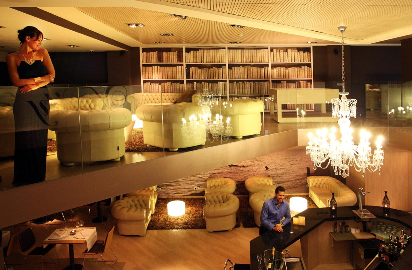 Hotel Icaria Barcelona cocktail bar